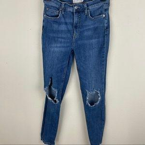 FREE PEOPLE Destroyed skinny jeans 27